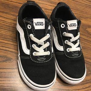 Black Vans toddler size 9